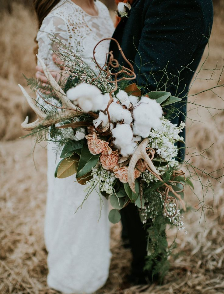 Cotton + antler bouquet