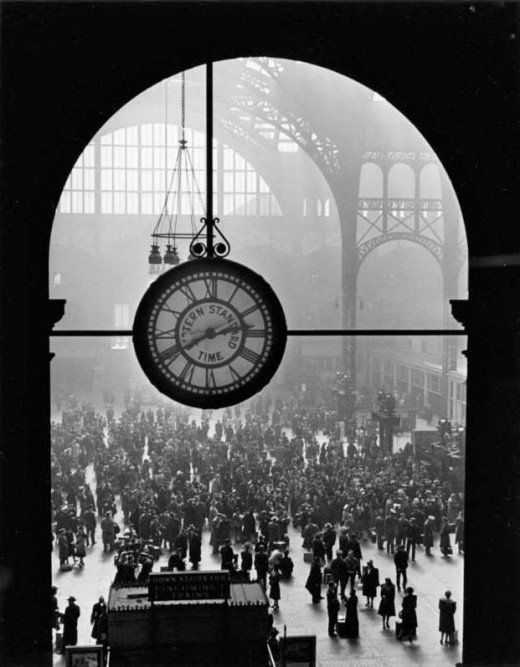 GOODBYE AT PENNSYLVANIA STATION, 1944 by Alfred Eisenstaedt