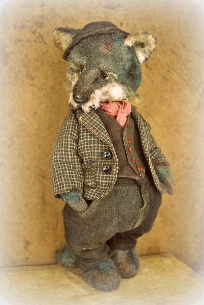 Rihard By Olga Voropaeva - Rihard is made from vintage plush, filled with sawdust and metal granules for weight. His eyes are from glass. There were used 5 span pins for this toy. Rihard's clothes are from cotton, jacket from leather, fully handmade by me and a little aged. It's one of a kind toy, I ...