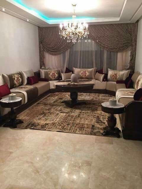 Best 25 les salons marocains ideas on pinterest salon - Salon marocain bleu roi ...