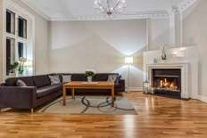 FINN – Majorstuen - Særdeles innbydende 5-roms leilighet med høy standard, to ildsteder og overbygget balkong.