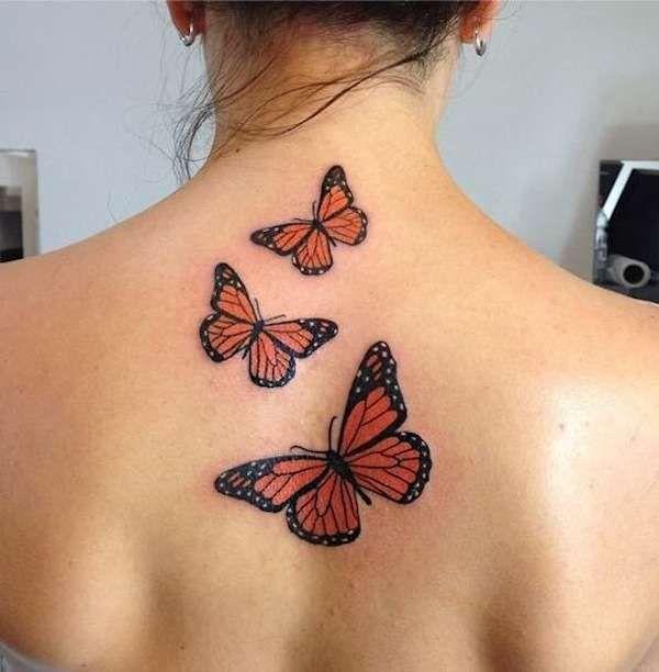 Risultati immagini per tatuaggio farfalle spalla