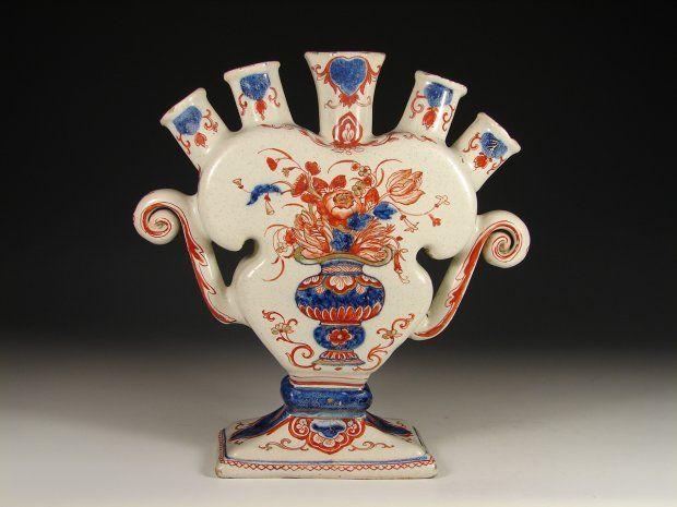 Faience de Delft - Galerie Christophe Perlès, spécialiste de la céramique française, Paris Carré Rive Gauche