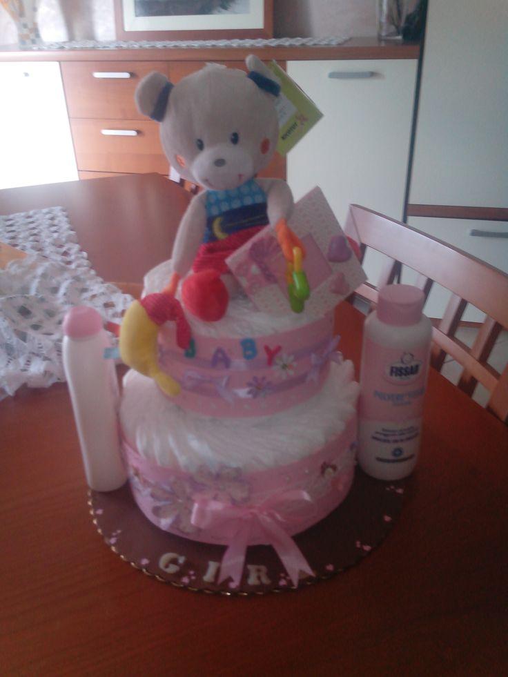 torta di pannolini a 2 piani