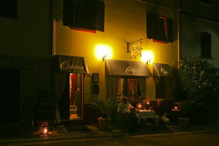a cena a Montecolombo. Dinner in Montecolombo
