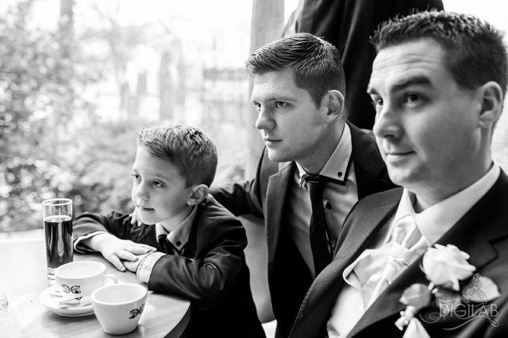 #waiting, #mans, #wedding http://www.digilab.hu