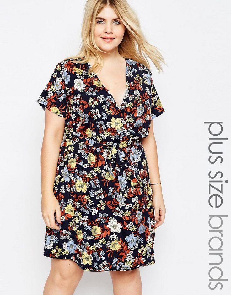 Immagine 1 di New Look Inspire - Vestito a portafoglio a fiori