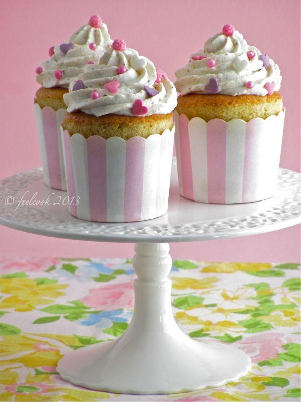 #Cupcakes con la #vaniglia @guarnireipiatti
