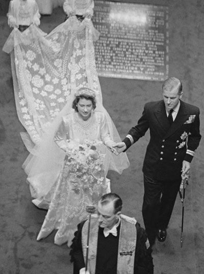 The just-wed Princess Elizabeth and Prince Philip leaving Westminster Abby