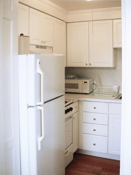 smart small kitchen design idea for apartment or small house. Interior Design Ideas. Home Design Ideas
