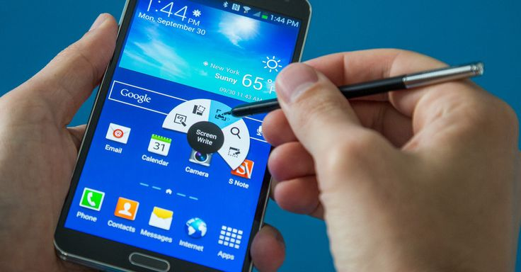 The Samsung Galaxy Note 3 is big, it's powerful and it finally turns the stylus that goes hand-in-hand with the Galaxy Note line into something useful.
