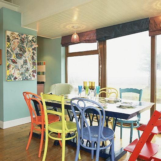 Fotos e Preços de Cadeiras de Madeira Coloridas