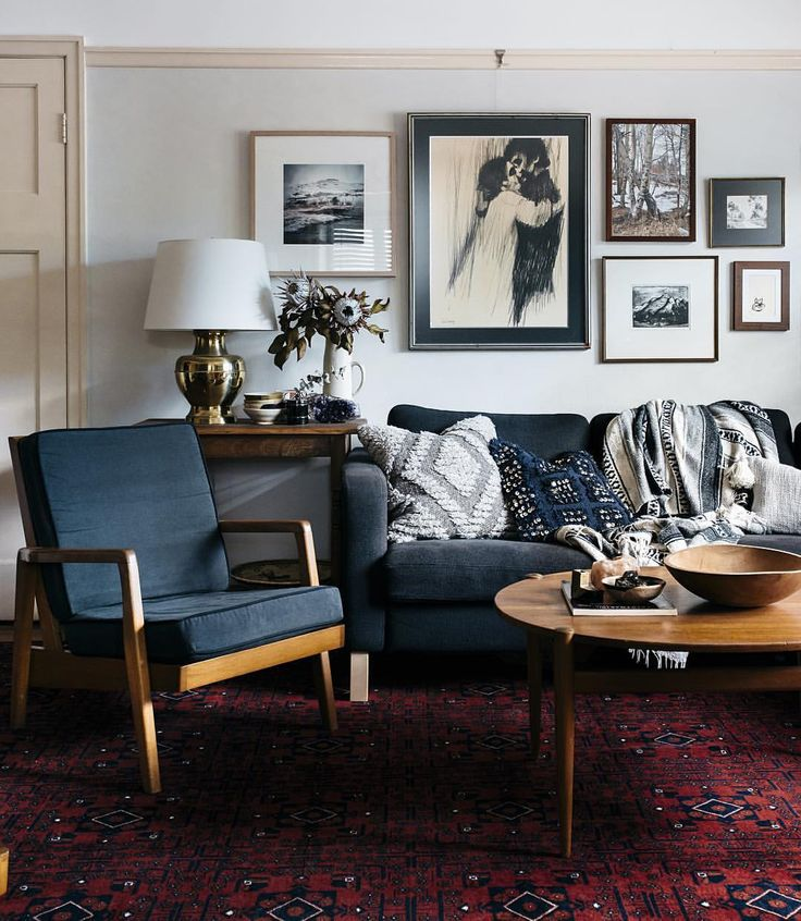 Old Living Room: Best 25+ Dark Grey Couches Ideas On Pinterest