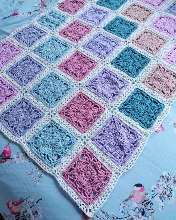 Vintage Style Crochet Blanket. Shabby Chic Blanket. Lacy