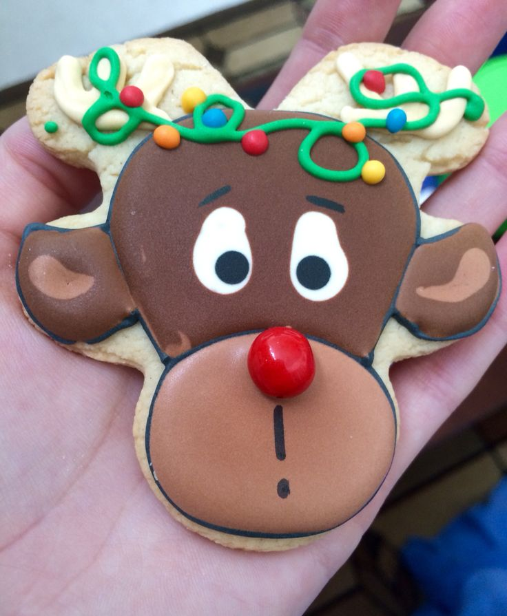 The cutest reindeer cookie!
