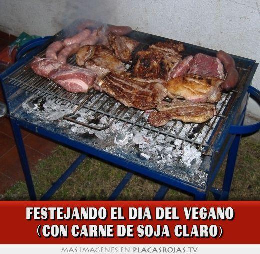 Festejando el dia del vegano (con carne de soja claro)