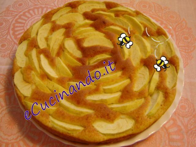 torta - mele - MO - microonde - crispQuesta ricetta viene perfetta in un forno Whirpool con la funzione crisp.Ingredienti:2 uova intere120 gr. zucch
