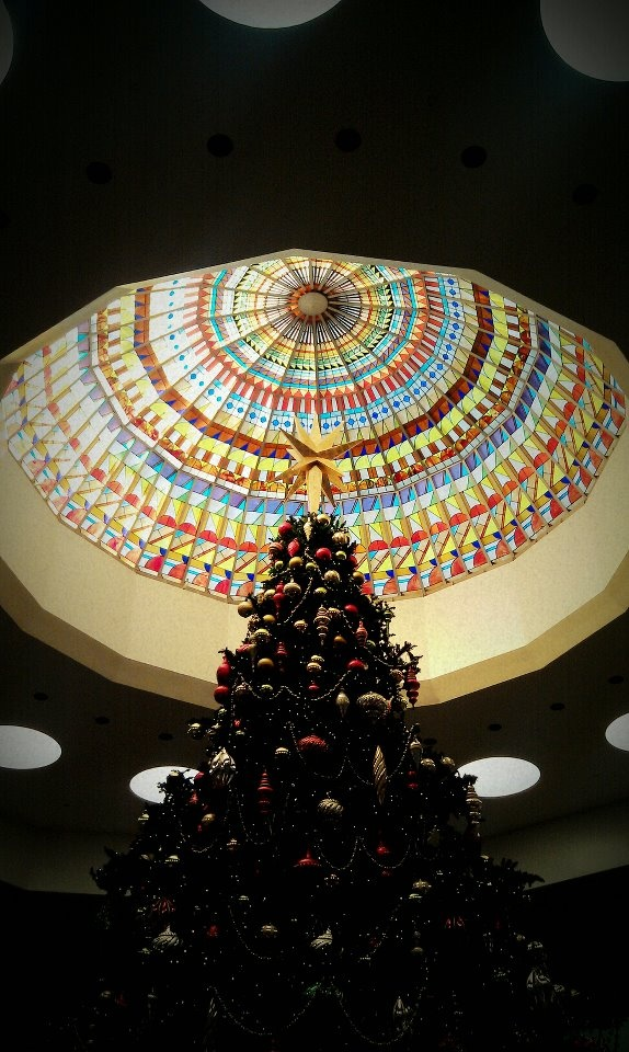 South Coast Plaza Mall in Costa Mesa, CA at Christmastime