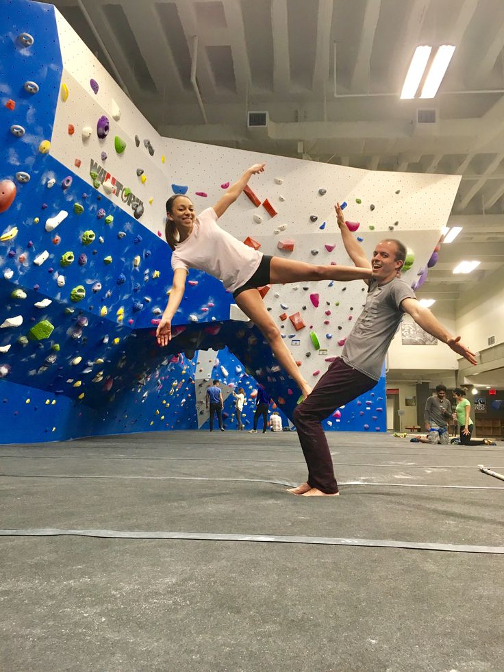 Traded in my bouldering session for an acro yoga session instead!