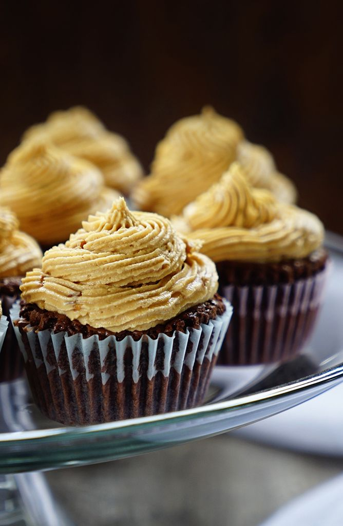 Brownie Cupcakes with Peanut Butter Marshmallow Buttercream Frosting ...