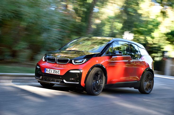 BMW to Introduce Improved Traction Control System Across Lineup - Motor Trend  ||  BMW will fit all new models with a traction control system that can respond much quicker than traditional systems. http://www.motortrend.com/news/bmw-introduce-improved-traction-control-system-across-lineup/?utm_campaign=crowdfire&utm_content=crowdfire&utm_medium=social&utm_source=pinterest