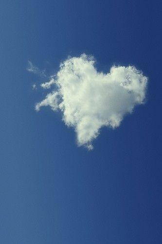 coração de nuvem