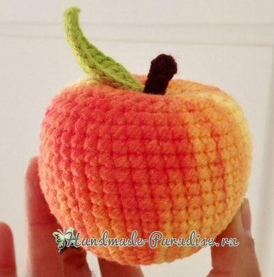 Вязаное крючком яблоко (2)