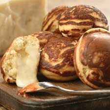 Danish Cheese Buns Recipe from King Arthur Flour - This would be delicious with some Sharp Cheddar, or Garlic White Cheddar! Mmmmm