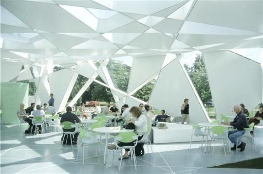 Toyo Ito - serpentine gallery - Pavillon 2002
