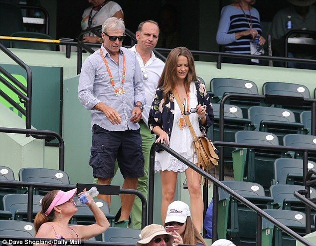 Kim Murray with her father Nigel Sears at the Miami Open 2016
