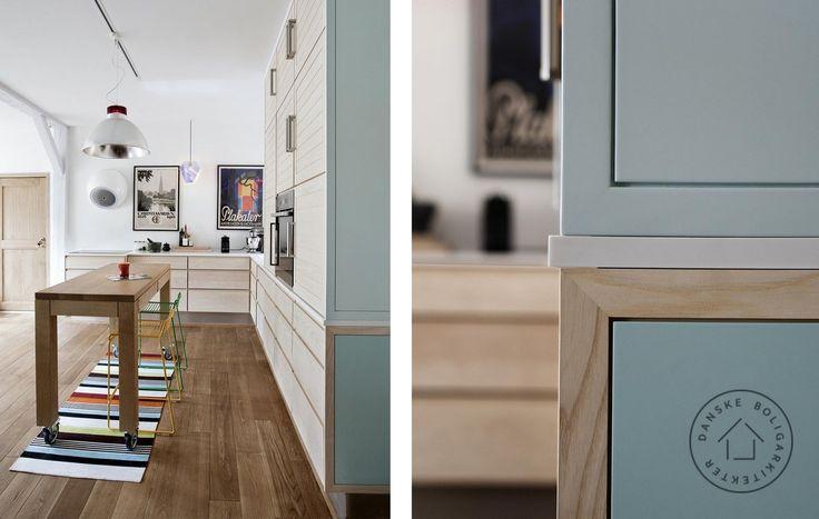 Køkken i baghuset. Arkitekt Thomas Hjort/Danske BoligArkitekter har tegnet dette smukke køkken med mobilt arbejdsbord og skabe i massivt ahorn med pastelfarvede gavle.