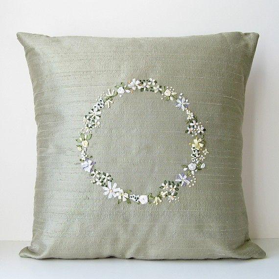 bstudio silk ribbon embroidery - Flower Circle Pillow in Silk Ribbon Embroidery