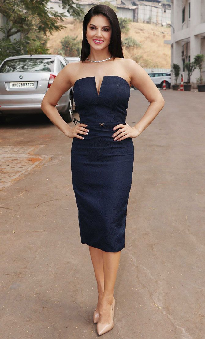 Sunny Leone promoting #Raees on 'The Kapil Sharma Show'. #Bollywood #Fashion #Style #Beauty #Hot #Sexy