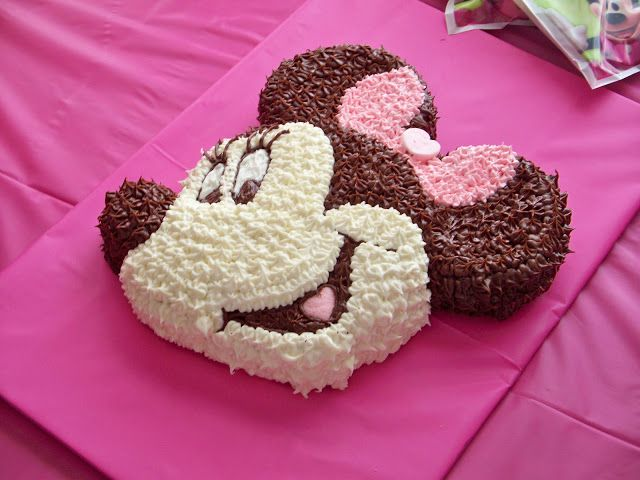made with Minnie Mouse cake pan and frosting