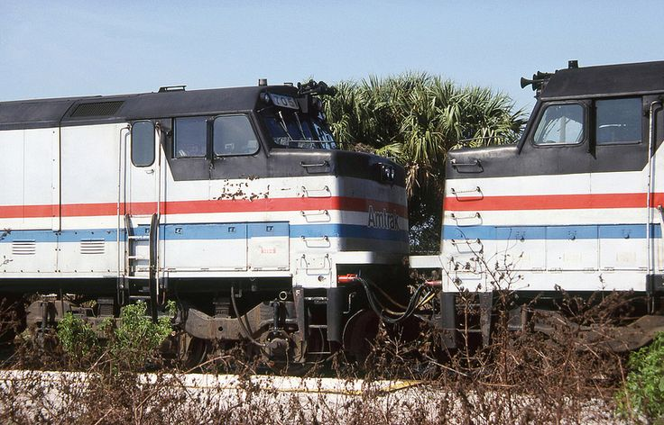 Amtrak Auto Train GE P30CH coupled nose to