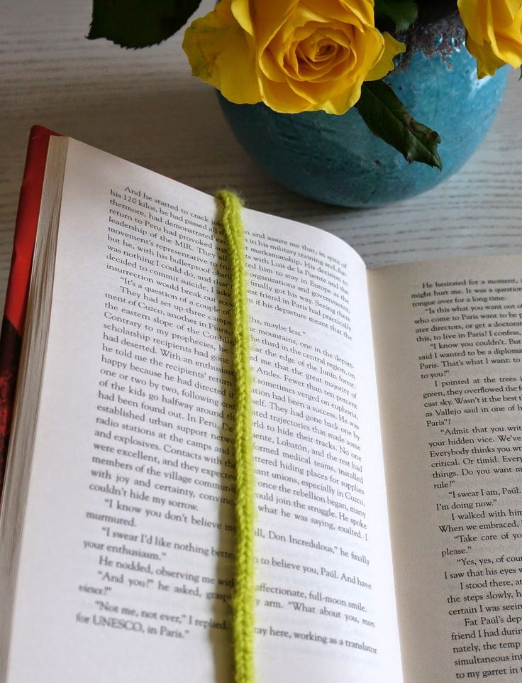 Minimal Boho: DIY: Crocheted bookmark