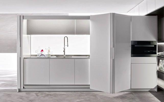 Cucine a scomparsa, eleganti e discrete. Cucina Tivoli di Dada. #design @Molteni Dada