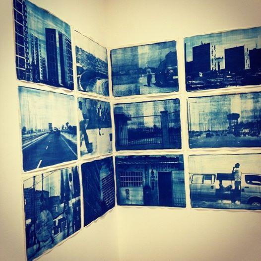 Vue d'expo Delio Jasse, galerie Baginski