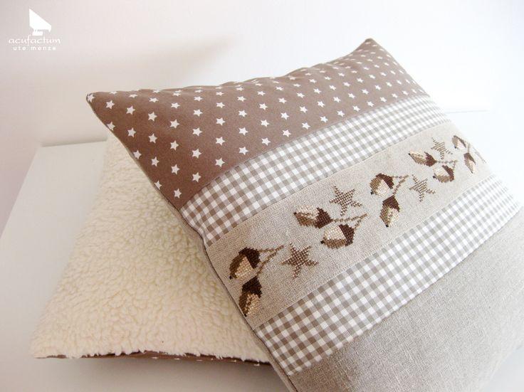 winterliche kissen aus dem buch meine liebsten. Black Bedroom Furniture Sets. Home Design Ideas