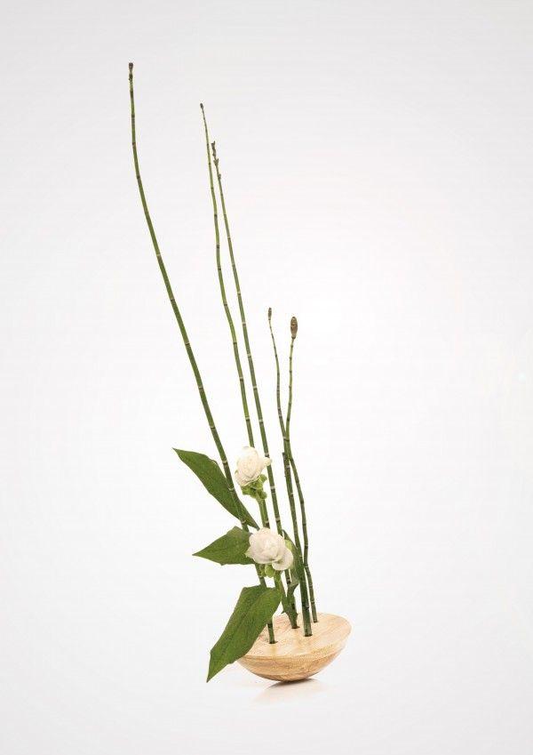 Forêt Étrange_solid oak flower vase_wood design | by Kaptura de Aer.  Photo (c) Kaptura de Aer