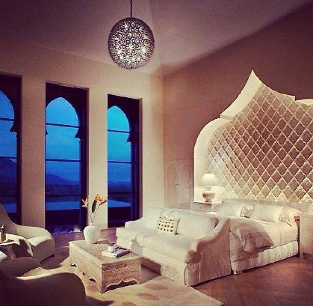 chambre orientale. Black Bedroom Furniture Sets. Home Design Ideas