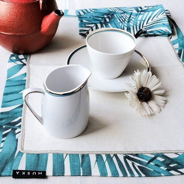 Buona domenica! ☀  Wish you a great Sunday! ☀  #tisana #ecofriendly #sustainability #sostenibilità #homeliving #homedecor #naturalfabrics #napkins #tessutinaturali #tablemat #tovaglia #tovagliolo #tablecloth #placemat #lino #linen #purolino #design #estetica #aesthetic #italianblogger #moda #arredamento #arredo #ethics #decor #table #homefurnishings #tea #muskadecor