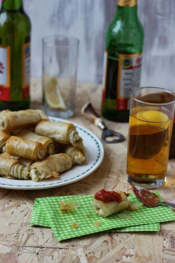 Chilli, czosnek i oliwa - blog o kuchni śródziemnomorskiej: Sigara Böreği - cygara z ciasta filo nadziewane serem feta i ziołami