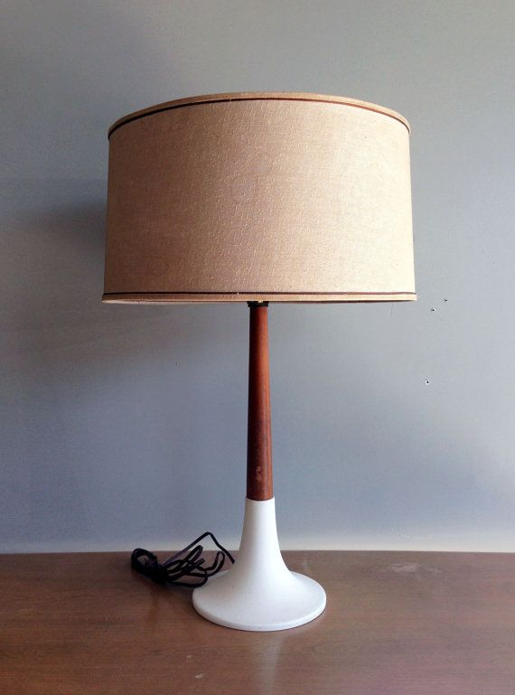 vintage mid century gold table lamp by laurel sculptural cast brass abstract wood inlay. Black Bedroom Furniture Sets. Home Design Ideas
