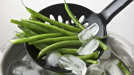 Mat: Gi aspargesbønnene et isbad - Dinside