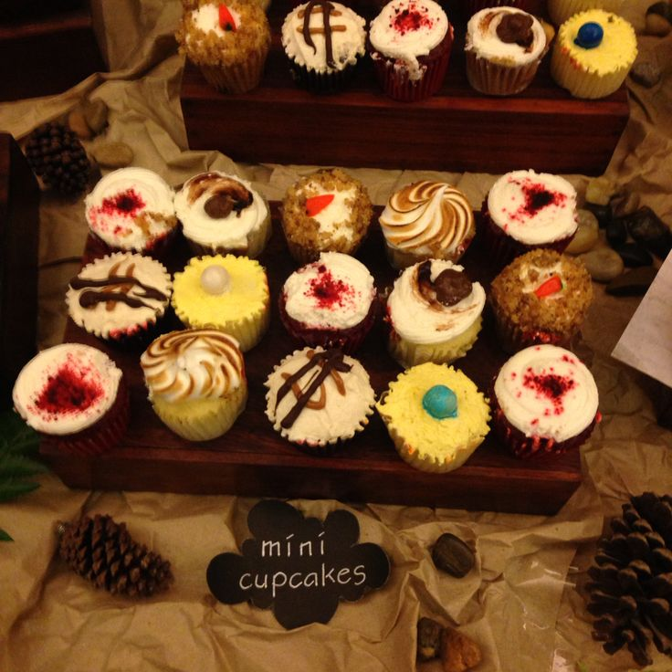Mini cupcakes in different flavours