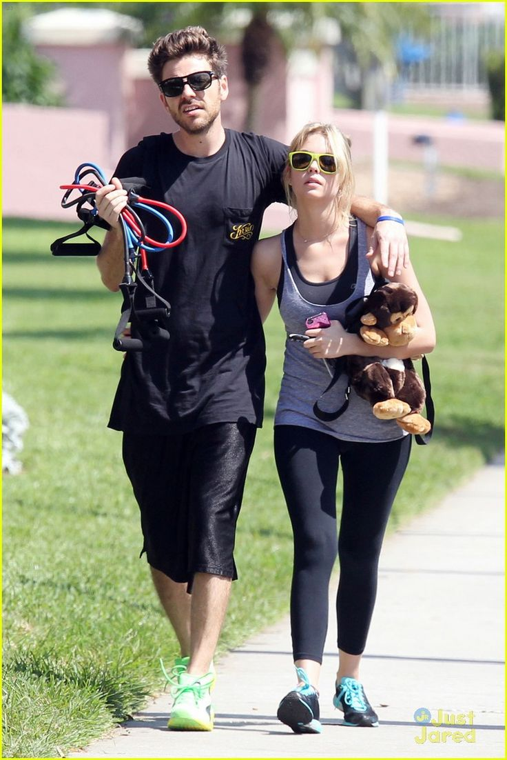 are ryan good and ashley benson still dating 2013