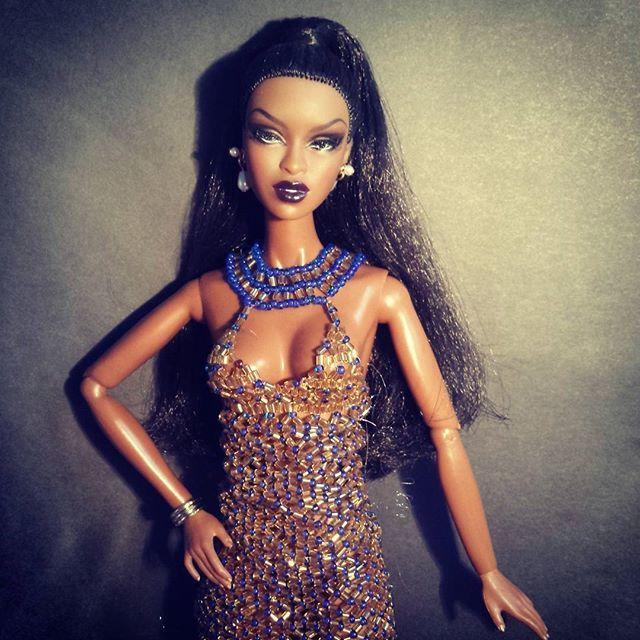 #handmade #beads #ooak #doll #fashionroyalty #barbie #adelemakeda #jewelery #shiny #gold