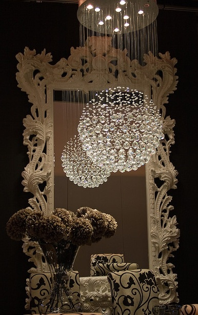 'Neat chandalier.' WOW~ Awesome for dining room...klights products available at Springlights in Kloof, Durban.