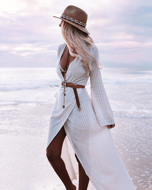 Instagram media by gypsylovinlight - Sunset dreaming  wearing @marhothelabel linen wrap dress  my heart overflowing with joy as I dream, create, live a life of love  @bobbybense #sunsetlovers